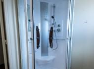 Douche chambre confort de L'Hôtel à Chartres